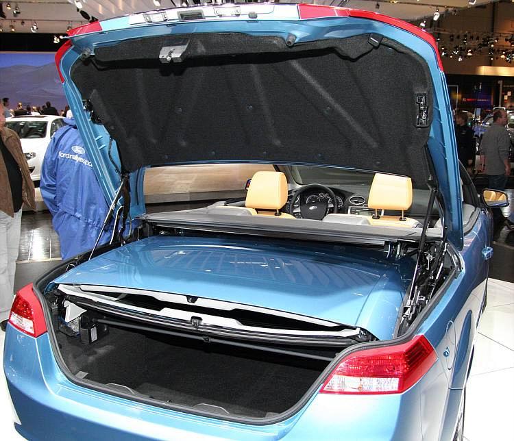 autos pkw ford focus coup cabriolet. Black Bedroom Furniture Sets. Home Design Ideas
