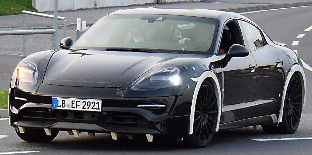 2019 - [Porsche] Taycan [J1] - Page 2 Pkw_porsche_mision_e_erlk01_2017_02