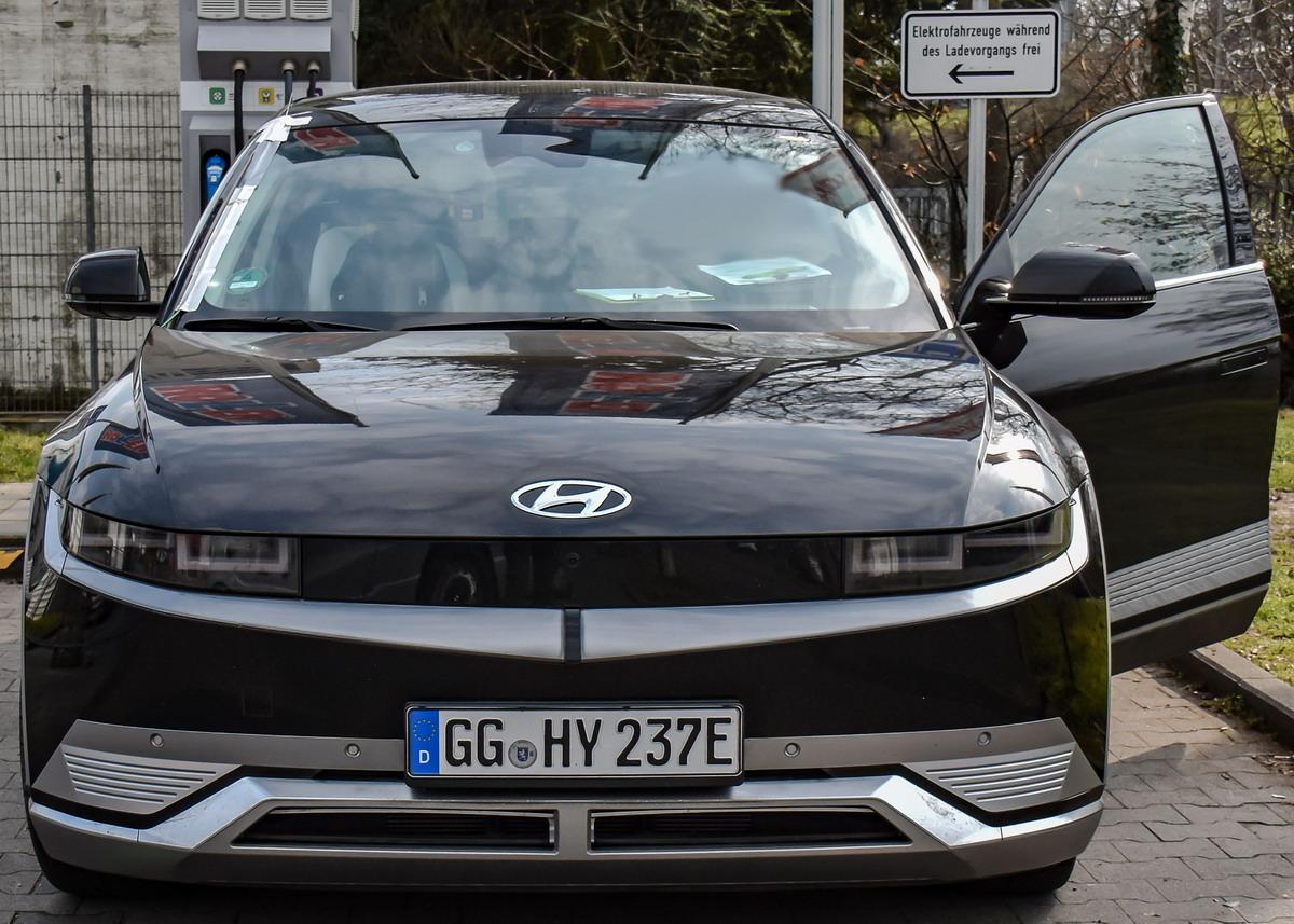 2021 - [Hyundai] Ioniq 5 - Page 10 Pkw_hyundai_ioniq5_preview2021_10